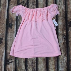 🎀3/$30 NWT Ardene Pink Off The Shoulder Lace Top